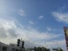 現在的高雄天空很晴很美^^