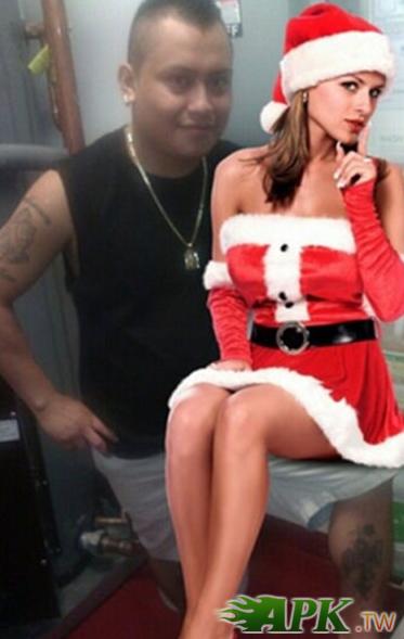 叮叮噹~這就是我今年的聖誕禮物喔,羨慕吧.png