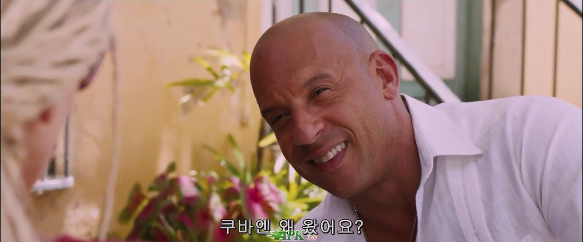 The.Fate.of.the.Furious.2017.1080p.KORSUB.HDRip.x264.AAC2.0-STUTTERSHIT.mp4_2017.jpg