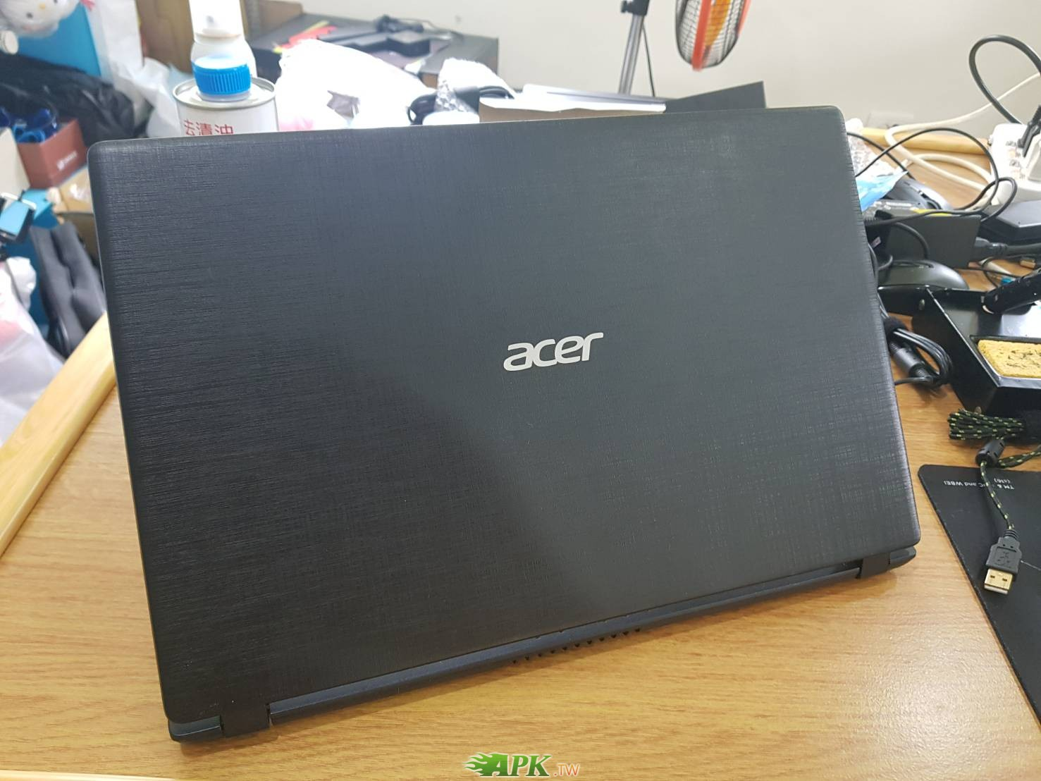 【小宅開箱】近全新 原廠保固一年 acer A315-51-52RY i5 八代處理器 lol遊戲機