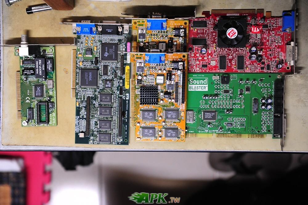 顯示卡ATI PN109-A33431-00、LRI 2633、CT4150及PE-970