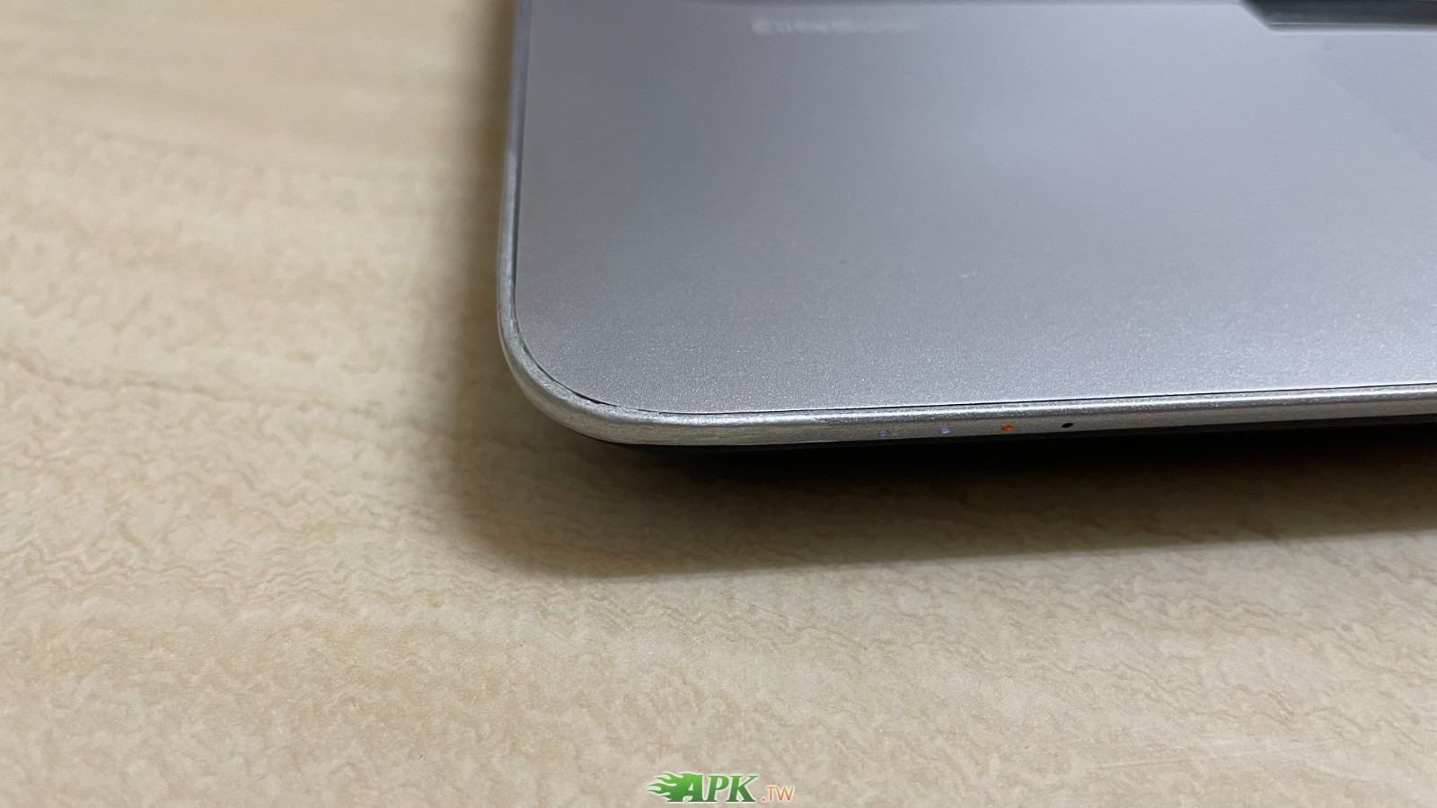 HP 惠普 EliteBook 745 G3 AMD 處理器 +視訊鏡頭+雙硬碟-14吋筆電-2016年出廠